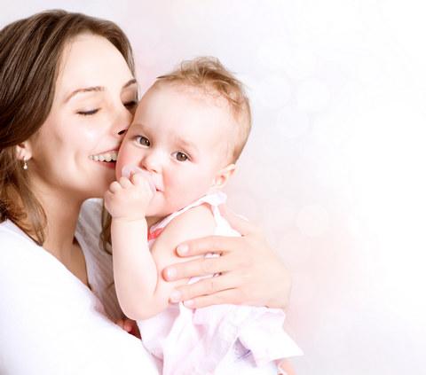 Мама и малыш счастливы