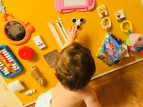 Бизиборд для ребенка своими руками