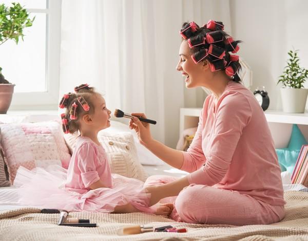 Мама развивает у ребенка чувство стиля