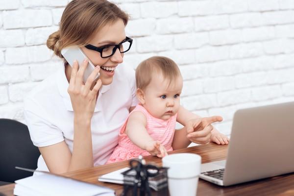 Как мама успевает работать с ребенком